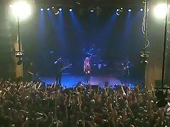 Taylor Momsen Lesbiskt Dansa Live