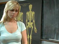 Tara seggét fegyelmezett szar professzor