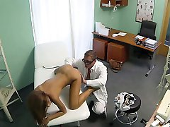 Perfect brunette babe pussy fucked by doctor