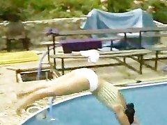 המומחים bu הבריכה נוער בנות חמוד מאוד