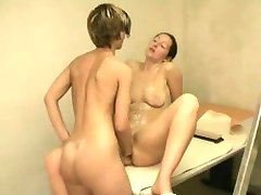 Filming my Girlfriend fisting deep a young Brunette.F70