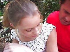 ليكسي ماثيوز - الحاضنة 11