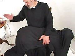 W XIX palić zakonnica