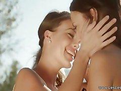 Les Lesbietēm Mīlošs Ārā