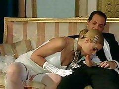 Italské blond diva má okouzlující sex