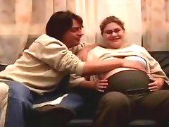 القبيح الحوامل الحصول على ما يقرب من قضي