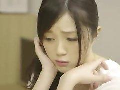 Schöne niedlichen japanischen Mädchen machen Liebe Full Film: bit.ly/1UNZDH3