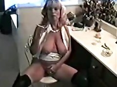 Kinky Rauchen milf