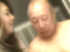 bătrânul + frumoase japoneze tanar si matura erotic yumi kazama