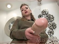 Misstress Ts bazooka