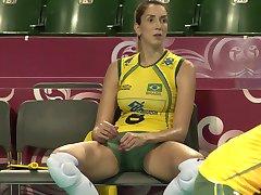 CLOSE-UP-AUFNAHMEN AUF DIE GROßE BRAZILLIAN SEXY VOLLEYBALL TEAM