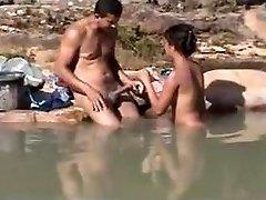 חובבני סקס חיצוני בים