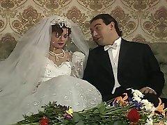 Angelica Bella und Zara Whites in einem klassischen italienischen Film