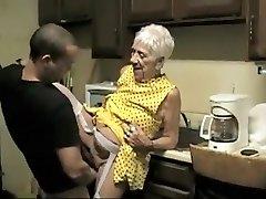 이국적인 아마추어 기록섹스,할머니는 장면