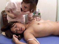 Asian Lezbijke Masaža orgazam