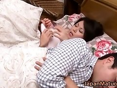 Miki Sato nipponjin érett nő