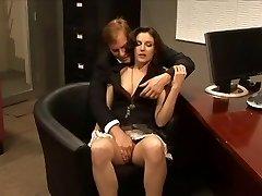 Samantha Ryan knullad av sin chef