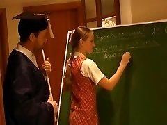 Russische Schülerin Nellie 2