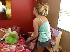 Teini Lapsenvahti Gets Perseestä