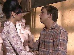 KimKim De - Scharfer Sex mit geilen Puppen (Scéna 7)