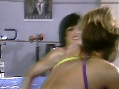 Horny sexy chicks in the wrestling ring