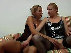 Французский кастинг 22б лесбиянки групповуха Страпон анал