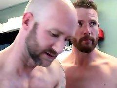 Čierny trpaslík gay porno Prvýkrát Soľný Vstrekovania pre Caleb