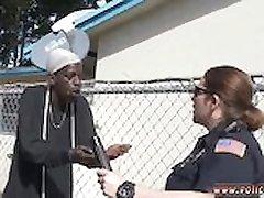 Policininkas nelaisvėje gagged Vidaus Trikdžių Skambinti