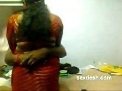 Romantique Dharmapuri Sivaraj avec chubby Tamil Aunty
