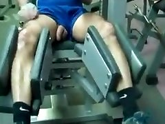 Str8 dad exercise in gym