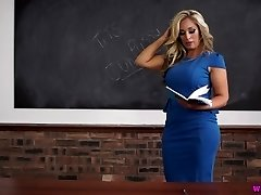 Kellie O teacher milf