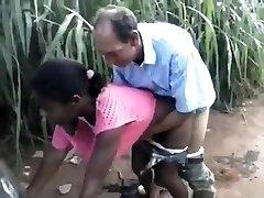 le vieil homme et les filles filles baiser