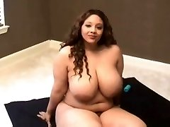 The astounding curves of Ladyspice