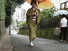 Kimono meisje scene2