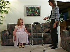 Nevrlý Stará Babička Dostať V Prdeli 3 Krát