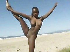 Black Girl Flashing