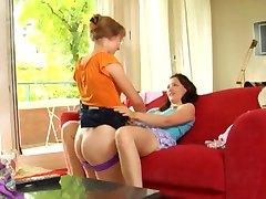 twee lesbiennes vinger elkaar totdat ze cum WF