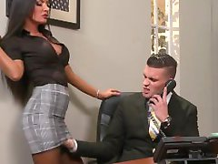 Brazzers - Elicia Solis gets some office fucking