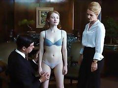 סקסית, אמילי בראונינג בחזייה & תחתונים Cameltoe