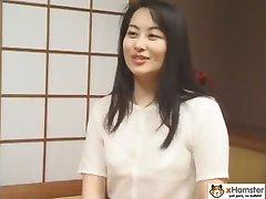 Hitozuma-Huisvrouw 04