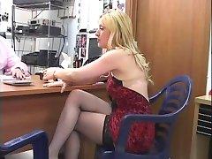 Een goede secretaresse houdt van lullen