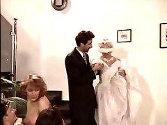 تينا ، سوزيت دايل حفل زفاف
