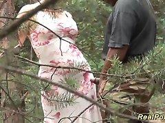 rondborstige duitse stiefmoeder zwarte pik sloeg