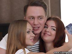 Młodzi seks-imprezy - organizacja trójciągowy