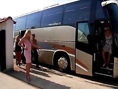 وقحة الحافلات - في نهاية المطاف الجنس الطرف - الجزء الأول