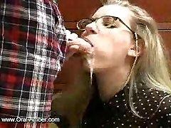 मुह में चूत में वीर्य 24