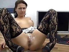 Sexy Babe Bekommt Anal Und Möse Bedeckt In Sperma !