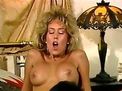 FRANK JAMES IN Fucky-fucky ALIENS 1988