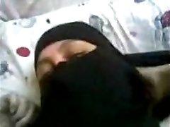 arabiske egyptiske kone med niqab