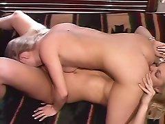 Blonde Babes Knulle Hverandre Som Gale - Telsev